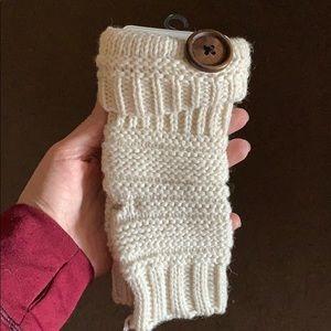 Shiraleah Chicago fingerless gloves